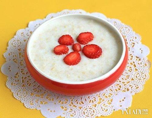 燕麦的营养价值_早餐燕麦的5种吃法让你吃出高营养