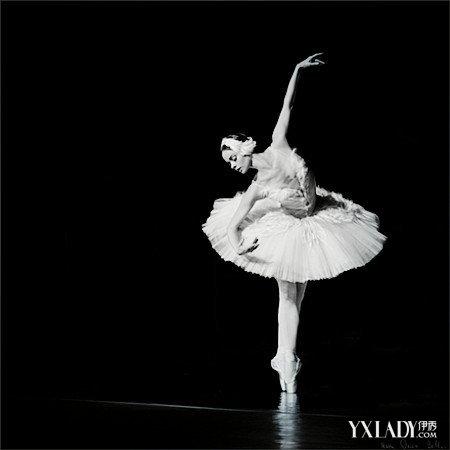 【图】高贵的芭蕾舞唯美图片 用智慧诠释芭蕾经典