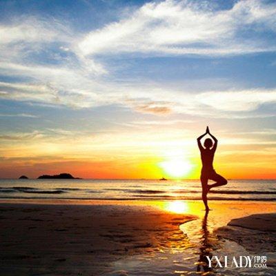【图】欣赏唯美瑜伽意境图片 瑜伽瘦腰瘦出小蛮腰
