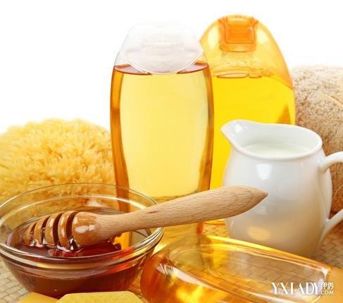 【图】鱼油水蜂蜜喝好时候水减肥法排毒减脂期可以吃蜂蜜吗图片