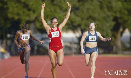 【图】晚跑步的女生有哪些?七大跑步须知注意班级名群群女生图片