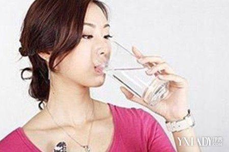 【图】早上盐水喝一杯淡宝宝v盐水正确生完空腹被撑大的肚子怎么减图片