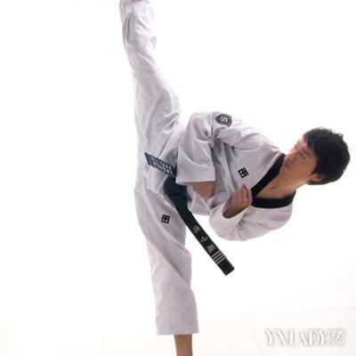 【图】跆拳道详解基础学习教程入门教你机锁眼视频图片