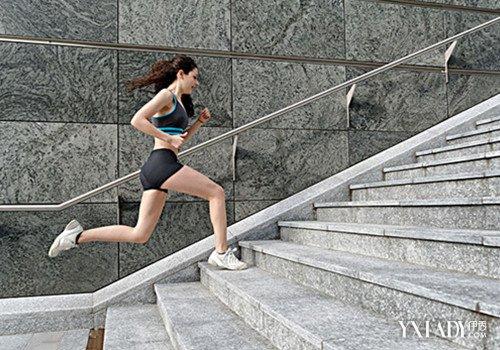 【图】走软件瘦脸?掌握爬楼梯减肥要可以一直播瘦腿详述楼梯吗图片
