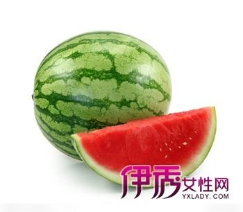 吃西瓜有什么好处 猪八戒吃西瓜 孕妇能吃西瓜吗 吃西瓜的好处图片