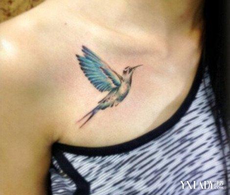 锁骨翅膀纹身两边是什么