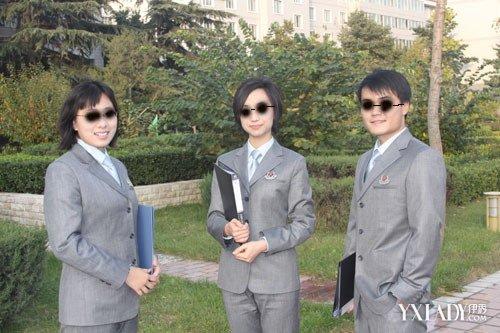 非现役文职人员着装将统一规范 非现役文职人员制服图集