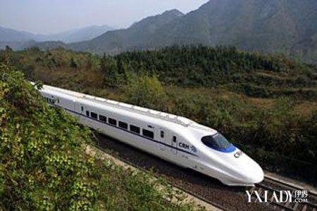 广州到成都首开动车 全程仅需14小时