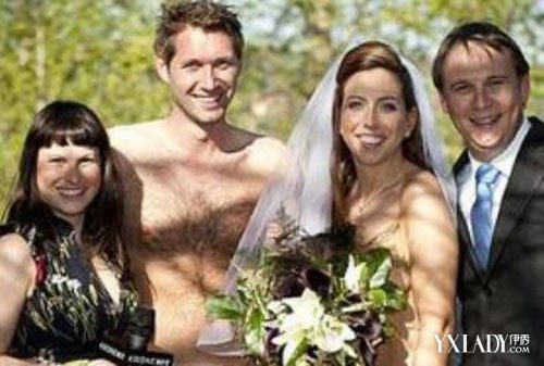 日本裸婚婚礼图片