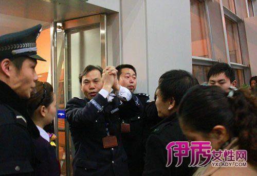 图】航班延误_北京航班延误查询