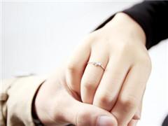 男生女生戒指的戴法和意义  戒指的不同戴法有什么讲究