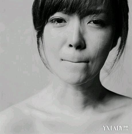 【图】女生流泪的眼睛唯美动人