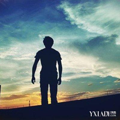 夕阳一个人伤感背影大曝光 你明白孤独的滋味吗