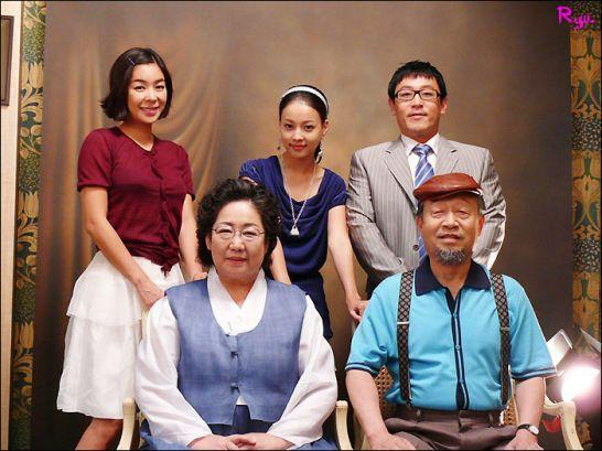 韩剧搞笑一家人演员_韩国电视剧搞笑一家人的演员表?-