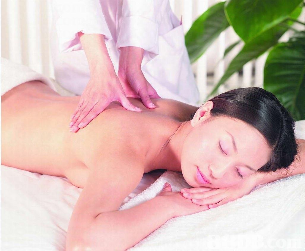 女人 按摩/按摩手法:按摩是中医治疗疾病的手段,也是老百姓日常保健的...
