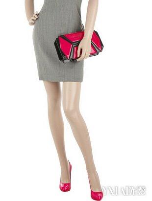 鞋子与服装的搭配_【图】灰裙子配什么鞋子 盘点衣服颜色与鞋子搭配的技巧(2)_灰 ...