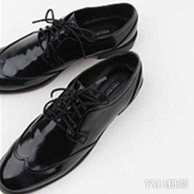 先,在了解皮鞋鞋带系法图解前,我们先来看一下皮鞋鞋带系法都有