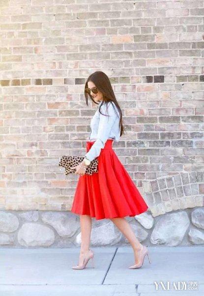 小红裙搭配