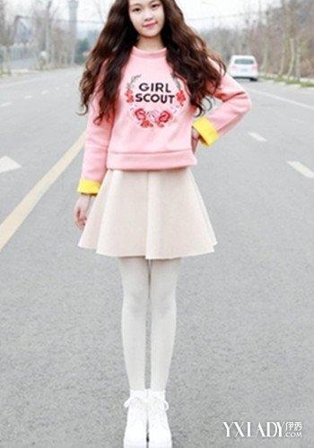 【图】女生帆布鞋白袜搭配大全 搭配技巧让女
