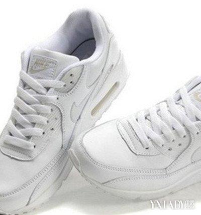 图】白色高板鞋搭配什么服饰呢? 经典白色板鞋穿 ...
