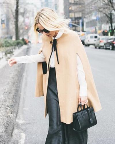 斗篷短款呢子外套搭配 教你几招如何美丽时尚的搭衣技巧
