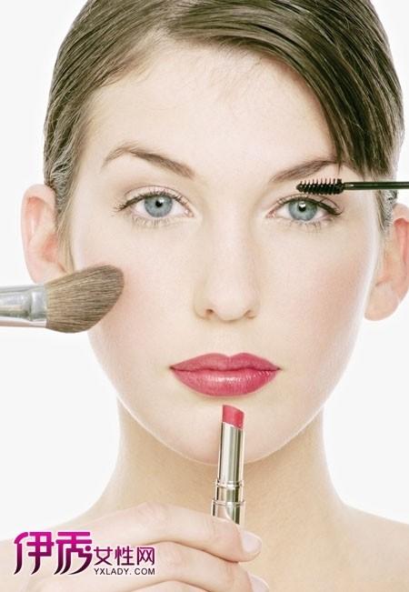几个简单化妆步骤 让你年轻十岁