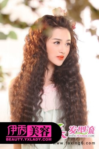 浪漫感麦穗烫发-最新流行女生烫发 时尚靓丽的烫发发型分享图片