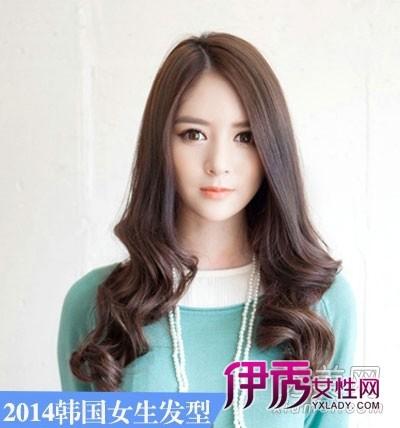 超级瘦脸,棕色染发超级显气质.-2014年韩国女生发型长发最流行图片