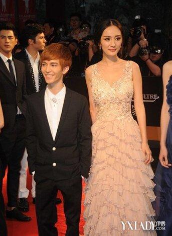 郭敬明身高对比图最萌身高差 杨幂气质晚宴妆是亮点