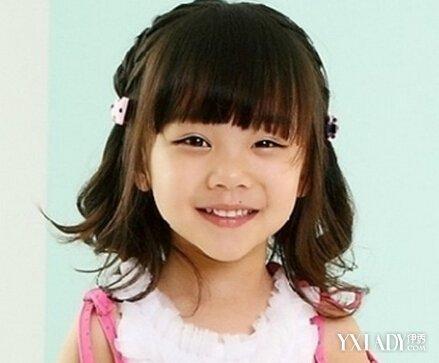 小姑娘公主发型扎法 打造纯美可爱小公主图片