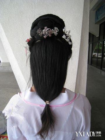 美丽汉服发型的简单扎法 学会的话就可以穿汉服啦