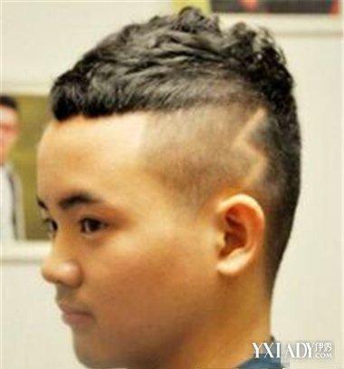男生圆头刻痕发型图片 时尚刻痕发型展现你的个人魅力图片