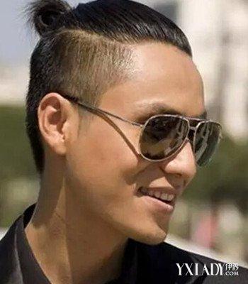 新款两边剃光的男生发型 展现型男潮流范图片