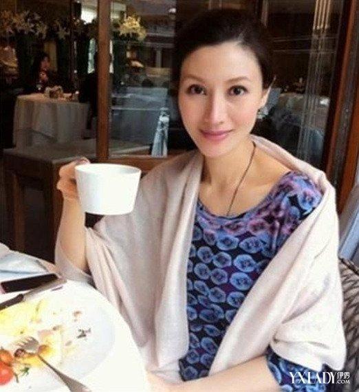 """【图】""""最美港姐""""李嘉欣素颜   44岁的她皮肤光滑似少女<美肤>"""