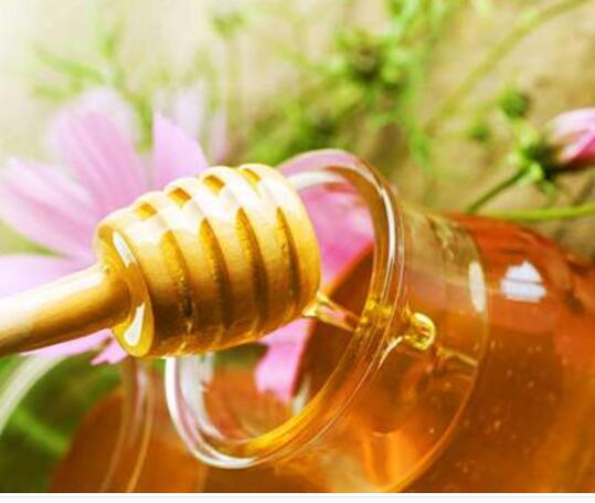 【图】蛋黄蜂蜜面膜做法 3种做法让你轻松学会制作蜂蜜面膜<美肤>