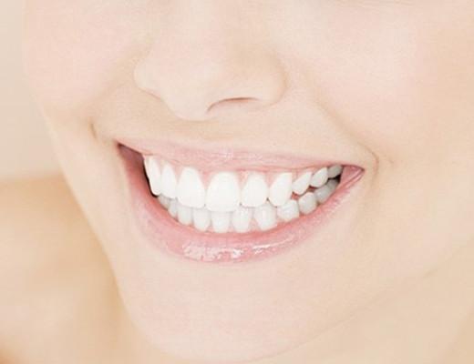 【图】怎么能使牙齿快速变白  介绍其10种立即美白的方法给你
