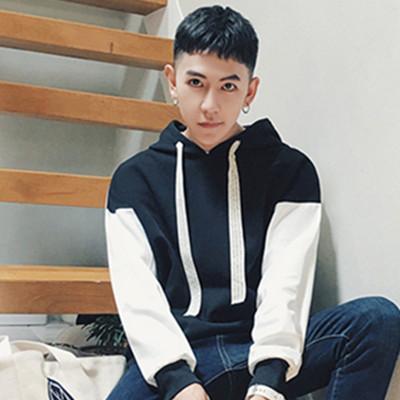 蓝冠在线:男士发型齐刘海