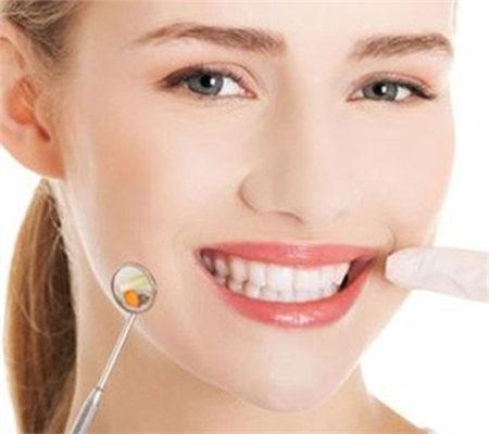 重庆牙齿整形多少钱_纠正牙齿的费用是多少 牙齿纠正 牙齿纠正多少钱 - 香港明镜新闻网