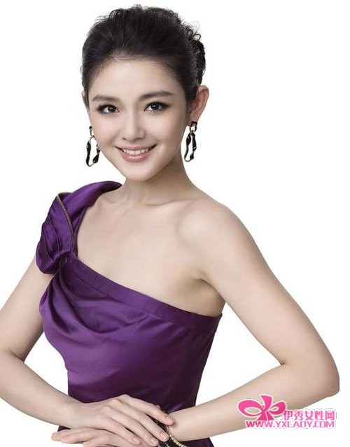 【图】偶像剧女王大s 精致妆容+迷人发型就是旺桃花