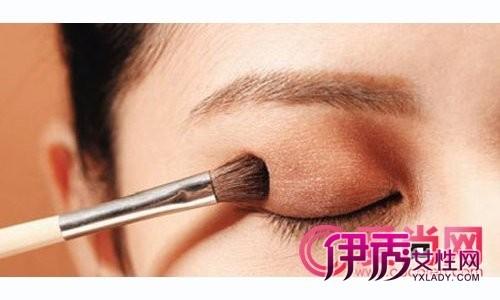 无辜感垂眼妆 日系眼妆教程教你打造