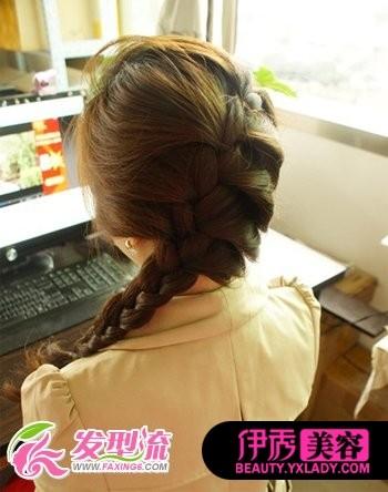 2012流行最新韩式发型扎法步骤