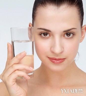 正确洁面方法洗出夏日透明肌