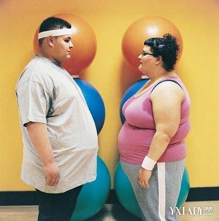 男生一学期胖30斤