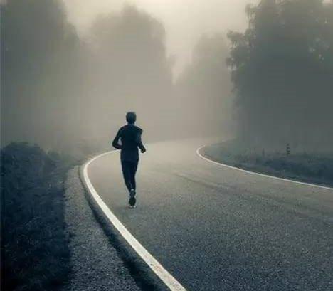【图】跑步机快走30分钟能减肥吗 坚持下去一