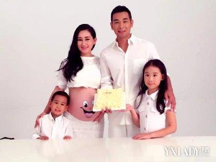 【图】赵文卓结婚十周年夫妻保持婚姻甜蜜秘诀