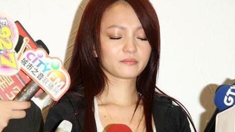 【图】张韶涵34岁没人娶太凄惨不孝风波后事业爱情双完蛋