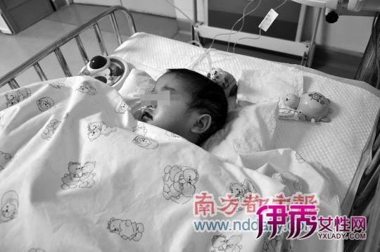 2岁女童***撕裂肾衰竭 父亲坚称为床上摔下